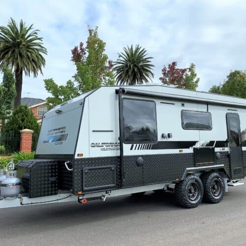 In Stock new 2021 20ft Malibu California Wildtracker Off road with full ensuite