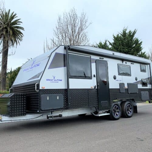 DOUBLE BUNK Brand NEW in Stock Great Alpine Semi Off Road 21.5 Family
